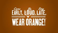 School spirit and tradition are a big part of the UT experience. I could definitely get used to Saturdays at the Darrell K Royal–Texas Memorial Stadium! Texas Longhorns Football, Ut Longhorns, Football Outfits, Football Decor, Eyes Of Texas, Hook Em Horns, Mottos To Live By, Sports Mom, Sports Teams