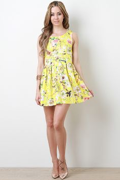 Go retro! Keep it simple a sweet with a floral dress like this perfect for Prom 2014 or wedding season! #urbanog