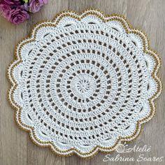 Crochet Placemats, Crochet Table Runner, Crochet Doily Patterns, Crochet Doilies, Stitch Patterns, Mandala Rug, Crochet Mandala, Filet Crochet, Crochet Home