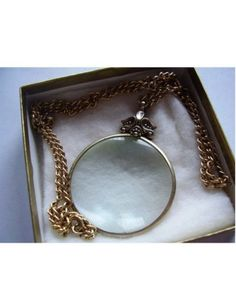 Vintage Avon Necklace Magnifying Glass Pendant
