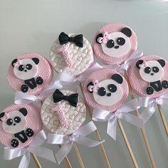 Cupcakes Decoration Girly Ideas 43 Ideas For 2019 Panda Themed Party, Panda Birthday Party, Panda Party, Art Party Cakes, Pop Art Party, Cake Art, Paletas Chocolate, Bolo Panda, Pastel Mickey