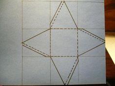 Cómo hacer una pirámide de cartulina. ¿Quieres aprender a realizar manualidades con cartulina? Este material tienes muchas posibilidades para hacer distintas cosas... Solo tienes que seguir paso a paso las instrucciones de este artículo y...