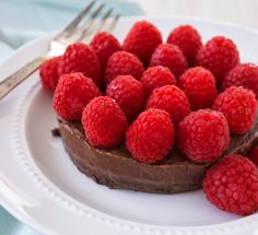 Chocolate Brownie Cake with Raspberries (Low Fat and Raw Vegan)