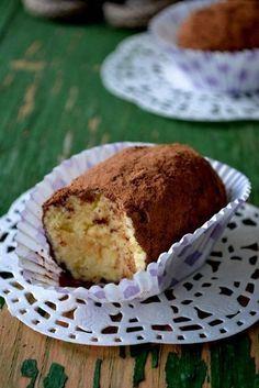 Druh receptu: Sladkosti - Page 98 of 326 - Mňamky-Recepty. Russian Cakes, Russian Desserts, Russian Recipes, Delicious Desserts, Dessert Recipes, Eclairs, Individual Cakes, Czech Recipes, Small Desserts