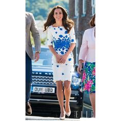 2017 spring Kate Middleton style Dress half Sleeve Knee-Length Vestido white Casual Bandage Bodycon Dress Ladies party dress