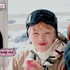 치즈버거 — snowboarder Woozi is so cute~