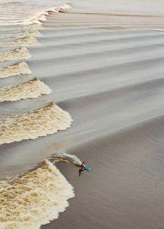 When the Amazon river meets the sea