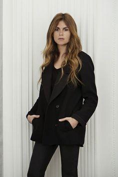 Natalie Ratabesi nommée chez Alberta Ferreti http://www.vogue.fr/mode/news-mode/articles/natalie-ratabesi-nommee-chez-alberta-ferreti/16400