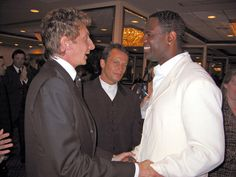 Barry Manilow Wife | songwriters hall of fame 02 in this photo barry manilow brian mcknight ...