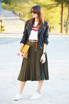 Like the skirt + leather jacket