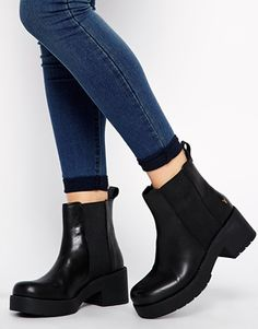 Enlarge Windsor Smith Eager Mid Heeled Boots