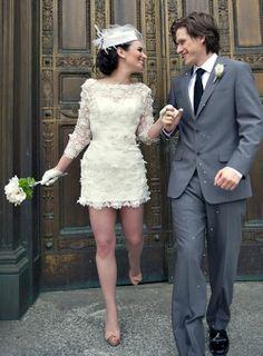 Modelos de vestido de noiva para você se inspirar, caso o seu casório seja apenas no civil! http://maquiagemecasamento.com.br/2014/05/05/vestidos-de-noiva-casamento-civil/