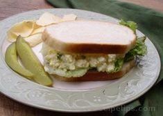 Egg Salad Ham Salad Recipes, Sandwich Recipes, Soup Recipes, Lunch Recipes, Egg Salad Sandwiches, Soup And Sandwich, Maidrites Recipe, Mustard Salad Dressing