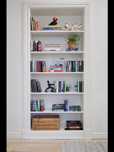 Inbyggd bokhylla