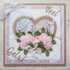 Dies Craftables - Build a Rose - Marianne Design Wedding Anniversary Cards, Wedding Cards, Marianne Design Cards, Scrapbooking, Foam Crafts, Heart Cards, Valentine Heart, Valentines, Rose Buds