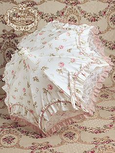 Mary Magdalene Rose Millefeuille Parasol
