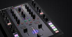 TRAKTOR KONTROL Z2 - DJ MIXER AND CONTROLLER