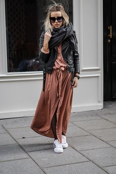 Relaxed street style x Just Style, Looks Style, Casual Looks, Adrette Outfits, Fall Outfits, Modest Fashion, Fashion Dresses, Look 2018, Cooler Look
