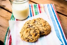 Chocolate chip cookies with oatmeal