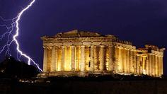 Nach dem Troika-Rauswurf Der große Kampf - oder die große Show? Griechenland kündigt der Troika, flirtet mit Russland und provoziert die Türkei. Was hat die neue Regierung in Athen vor? Wendet sich Hellas tatsächlich von Europa und dem Euro ab? Hier kommen zwei Szenarien.