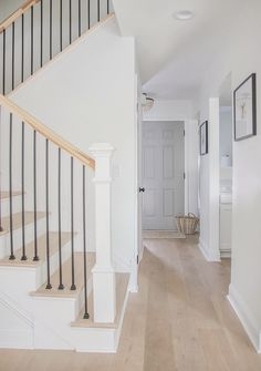 Beautiful Homes of Fixer Upper - Home Bunch Interior Design Ideas Oak Front Door, Front Hallway, Staircase Design, Dark Staircase, Staircase To Basement, Interior Stair Railing, Staircase Railings, Staircase Ideas, Hallway Ideas