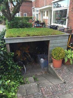 Garden Bike Storage, Living Roofs, Bike Shed, Outdoor Living, Outdoor Decor, Garden Projects, Backyard Landscaping, My Dream Home, Landscape Design