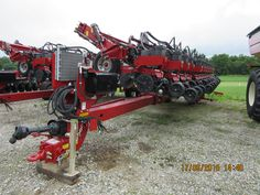 31 row CaseIH 1245 corn planter