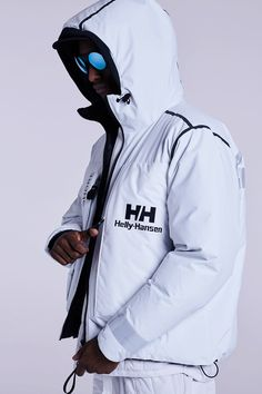 Helly Hansen Updates Technology for Archive-Inspired Collection I Love Fashion, Fashion News, Fashion Outfits, Fashion Design, Fashion Photography Art, Helly Hansen, Windbreaker Jacket, Hypebeast, Parka