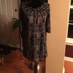 "Banana Republic dress Adorable Banana Republic dress with smocked neckline. 3/4 length sleeves.  Size 4P. Length 34"" Banana Republic Dresses Midi"