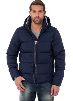 De mooiste Gaastra (winter)jassen vind je via Aldoor in de uitverkoop. Deze donkerblauwe vind je nu al voor de helft van de prijs! #mannenmode #heren #jas #coat #mensfashion #sale #uitverkoop #navyblue #inspiratie #inspiration #jacket