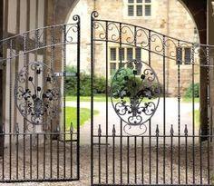 Balmoral Double Metal Driveway / Estate Gates - Garden Gate Sale