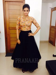Black Lehengas - Buy Black Lehenga Online for Women with Flat Off - IndiaRush Indian Skirt, Indian Dresses, Ethnic Outfits, Indian Outfits, Indian Attire, Indian Wear, Lehnga Dress, Dress Skirt, Lehenga Blouse