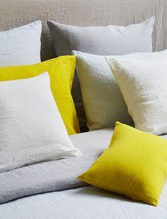 coussins linge de lit linge de maison merci coussins tissus chambre