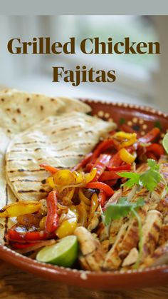Lunch Recipes, Mexican Food Recipes, Dinner Recipes, Cooking Recipes, Healthy Recipes, Mexican Dishes With Chicken, Grilled Chicken Fajitas, Easy Chicken Fajita Recipe, Mexican Grilled Chicken
