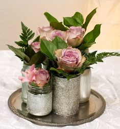 Nice idea to use glass or canned food at a wedding. Simply spray on, glue on, label or glitter. Rustic Wedding Centerpieces, Wedding Table Decorations, Decoration Table, Deco Floral, Floral Design, Diy Flowers, Wedding Flowers, Graduation Diy, Deco Table