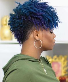 Undercut Curly Hair, Undercut Hairstyles, Hair Day, My Hair, Oyin Handmade, Shaved Hair Designs, Haircut And Color, Natural Styles, Twist Outs