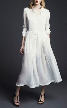 Preen's pure georgette silk midi dress wisps like a lighthearted summer breeze. Stylish Dresses, Modest Dresses, Simple Dresses, Stylish Outfits, Modest Fashion, Fashion Outfits, High Fashion, Simple White Dress, Minimalist Dresses