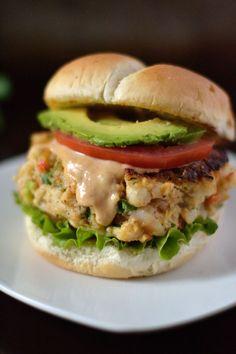 Creole Shrimp Burger Recipe - Coop Can Cook - Burger Recipes Fish Recipes, Seafood Recipes, Cooking Recipes, Healthy Recipes, Jalapeno Burger, Crab Burger, Burger Bun, Sauce Creole, Creole Seasoning