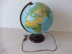 Globe terrestre lumineux Décoration Alpes-Maritimes - leboncoin.fr