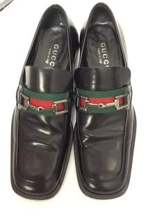 Gucci Black Loafer Leather Sz 7.5 Flats. Get the must-have flats of this season! These Gucci Black Loafer Leather Sz 7.5 Flats are a top 10 member favorite on Tradesy. Save on yours before they're sold out!