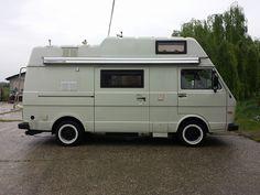 Vw Camper, Camper Trailers, Vw Bus, Volkswagen, Van Camping, Camping Gear, Vw Lt 28, Small Motorhomes, Vw Syncro