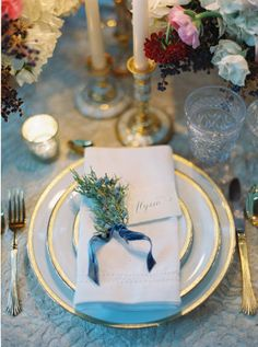 place cards with greenery and satin ribbon