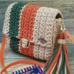 De Croche De Croche barbante De Croche com grafico De Croche de mao De Croche festa - Bolsa De Crochê Crochet Handbags, Crochet Purses, Free Crochet Bag, Knit Crochet, Crochet Basket Pattern, Crochet Patterns, Crochet Crafts, Crochet Projects, Crochet Shoulder Bags
