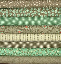 Mint Green Pink FQ Fat Quarter Fabric Paisley Patterns 100/% Cotton Quilting