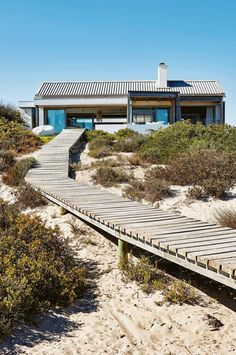 Coastal style: ideas from a Cape Town beach house. Photography by Greg Cox. Production by Sven Alberding.