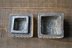 宇田令奈「陶箱」、四角の蓋を開けたところ