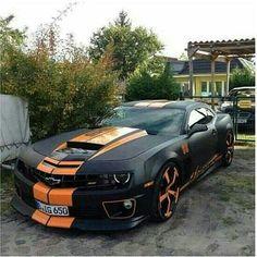 Camaro. Black and Orange.
