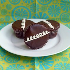 Homemade Hostess cupcakes beat the originals by a mile. Delicious chocolate cake, a thin layer of rich ganache, and sweet marshmallow filling.