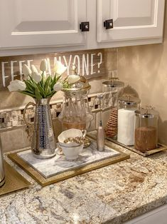 Coffee Bar Station, Coffee Station Kitchen, Coffee Bars In Kitchen, Coffee Bar Home, Tea Station, Coffee Stations, Glamour Decor, Coffee Nook, Gold Home Decor
