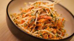 Salade de fèves germées et carottes râpées